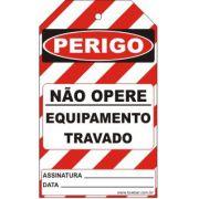 Perigo especial - não opere equipamento travado