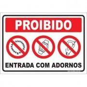 Proibido  entrada com adornos
