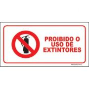 Proibido o uso de extintores
