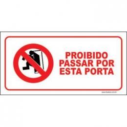 Proibido passar por esta porta