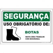 Uso Obrigatório de botas