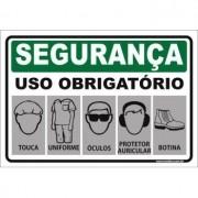 Uso Obrigatório de touca uniforme óculos auricular calçado