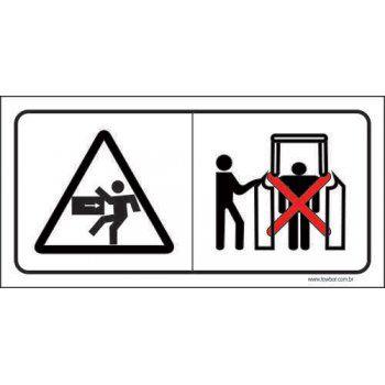 Cuidado ao passar pelo corredor  - Towbar Sinalização de Segurança