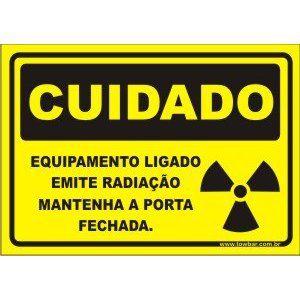 Equipamento Ligado Emite Radiação  - Towbar Sinalização de Segurança