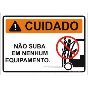 Não suba em nenhum equipamento  - Towbar Sinalização de Segurança