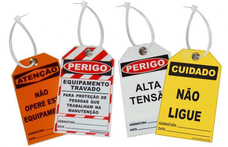Perigo especial - equipamento travado para proteção das pessoas da manutenção  - Towbar Sinalização de Segurança