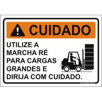 Utilize a marcha ré para cargas  - Towbar Sinalização de Segurança