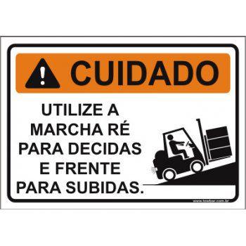 Utilize a marcha ré para decidas  - Towbar Sinalização de Segurança