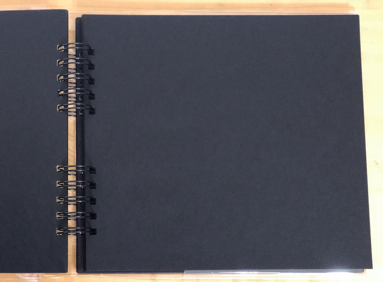 06.05.118 - Álbum Assinatura - Preto - Oficina do Papel