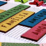 PSF0314 - Chipboards Coloridos Palavras - Para Ser Feliz - It Lov