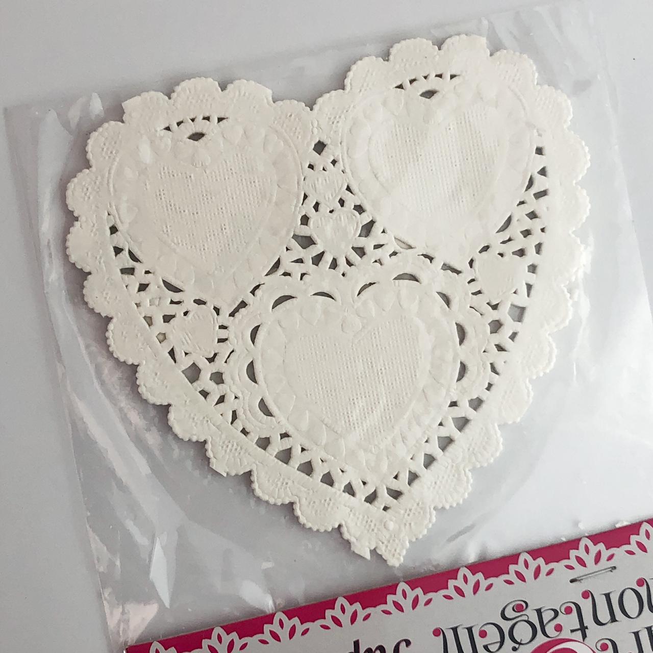 """Doily 4"""" (10 cm) - Coração branco - Art e Montagem (PRE005)"""