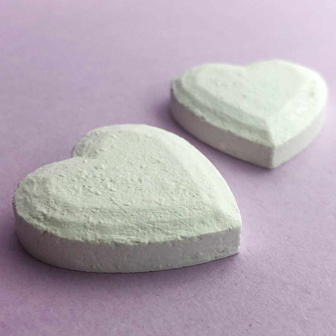 Enfeite resina - Coração (2 un.) (LLA271)