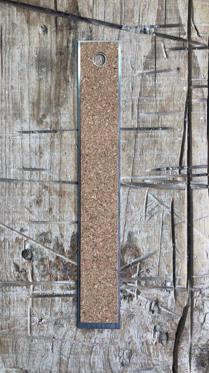 FES005 - Régua Metal Antiderrapante (20 cm) - Art e Montagem