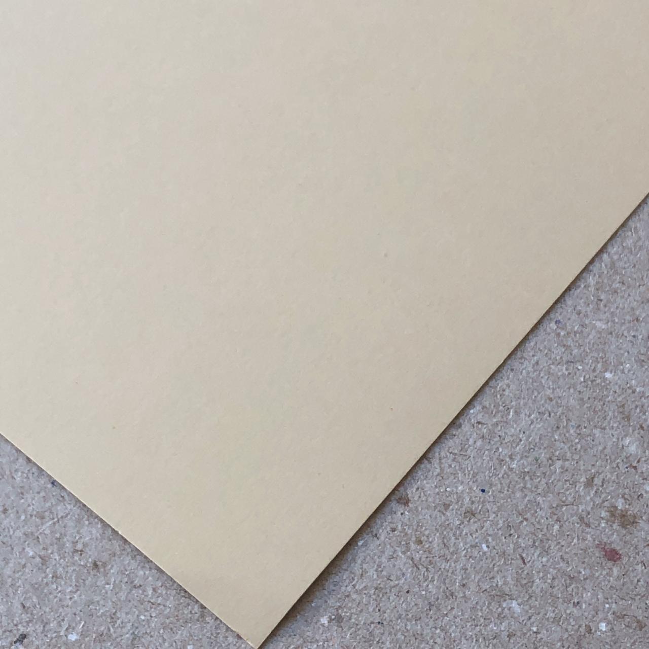 Papel Color Plus - Sahara (Bege) 180 g/m² - 30,5 x 30,5 cm