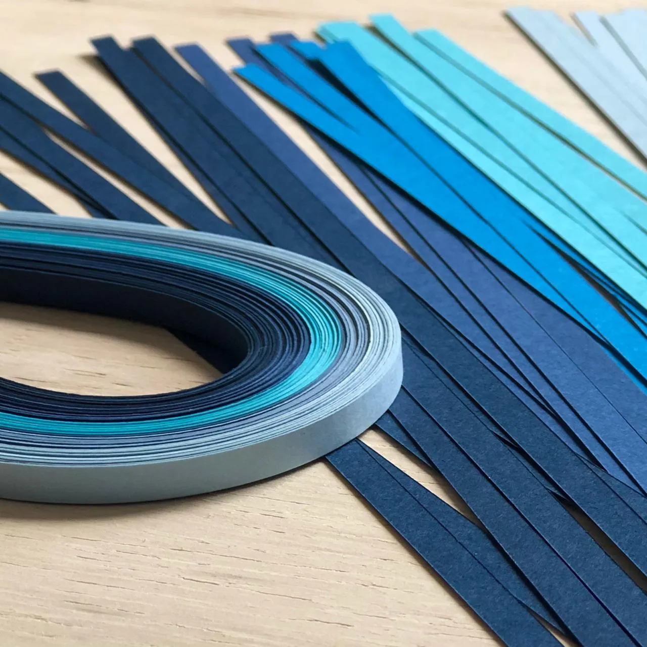 Papel para Quilling - Tons de Azul - Entre Papéis e Criações (EPC-02)