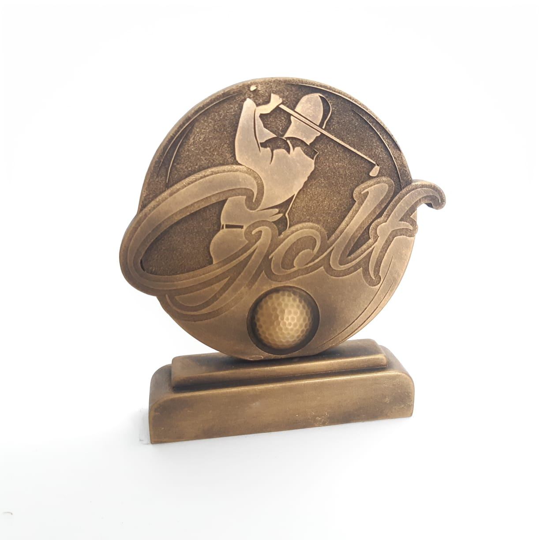 Troféu em resina- Golf / Tacada / Bola / atleta