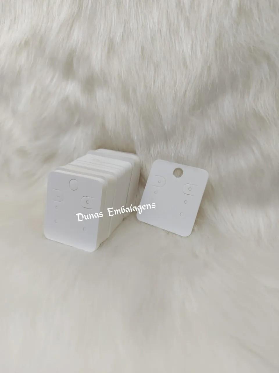 Cartela D04 Branca 4x5 com 100 unidades