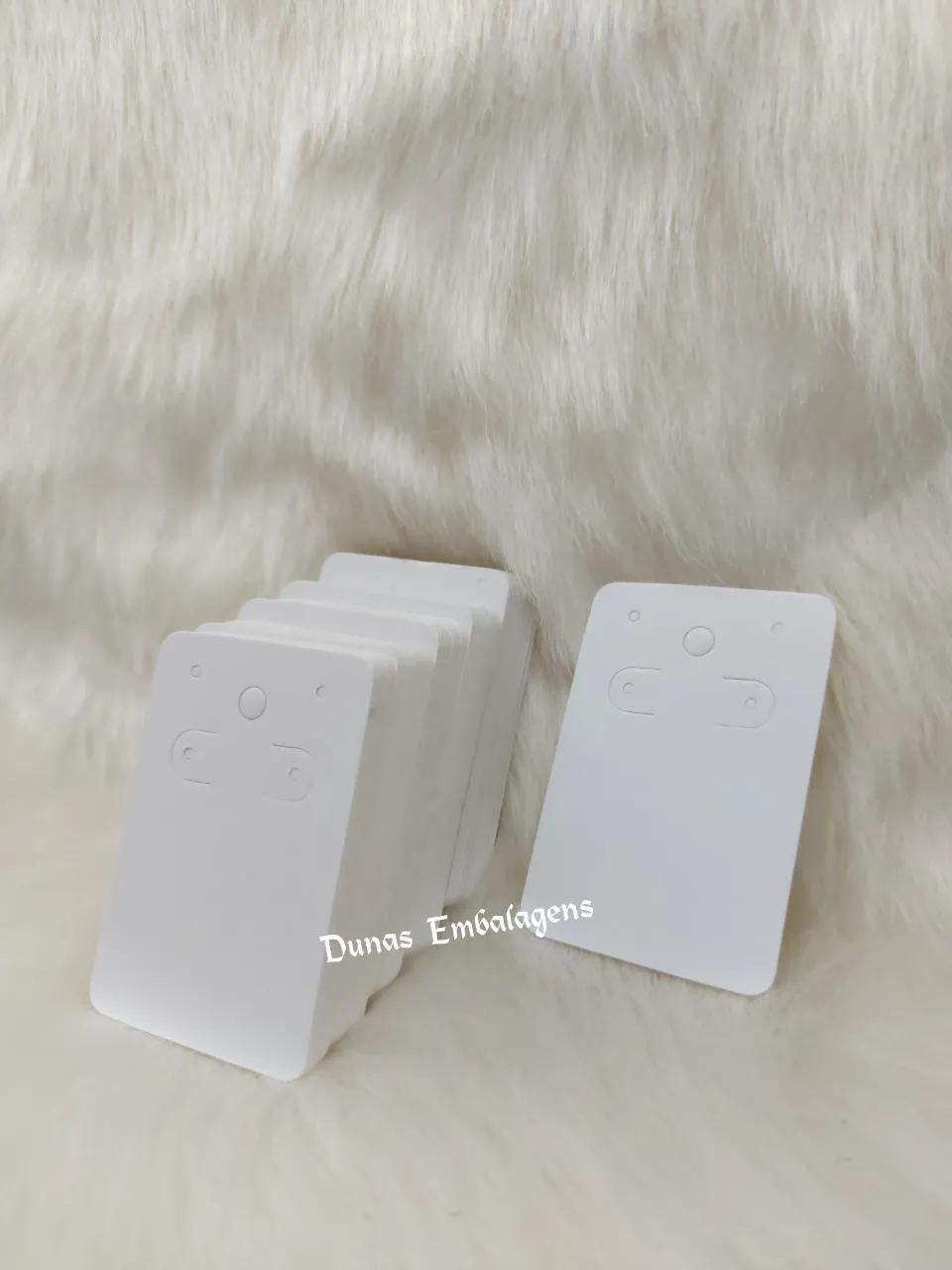Cartela D06 Branca 5x7 com 100 unidades