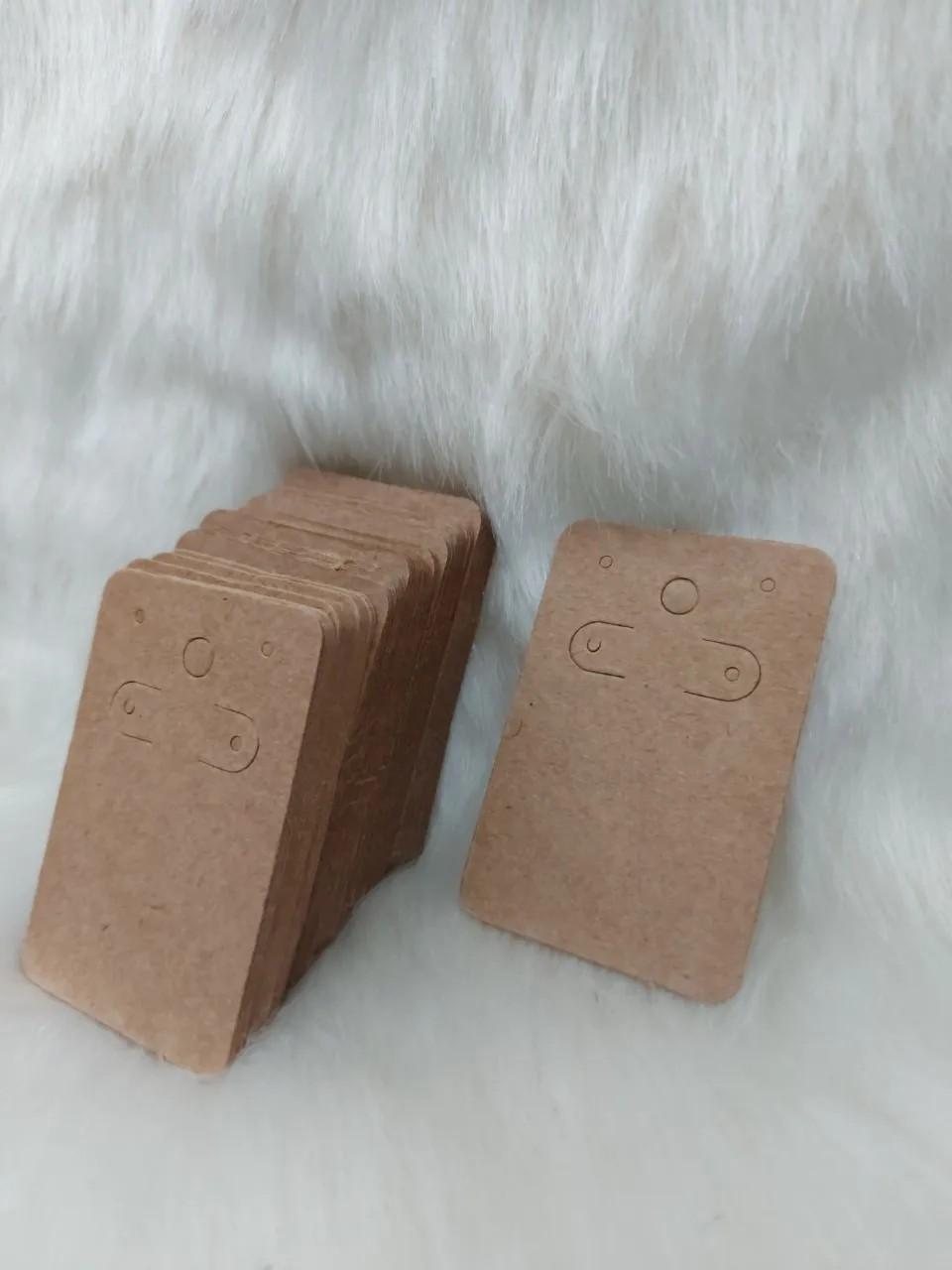 Cartela D06 kraft 5x7 com 100 unidades
