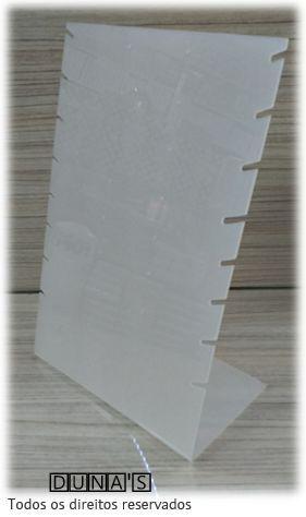 Expositor de Corrente ( 8 recortes com brincos ) Fosco 29x19x11