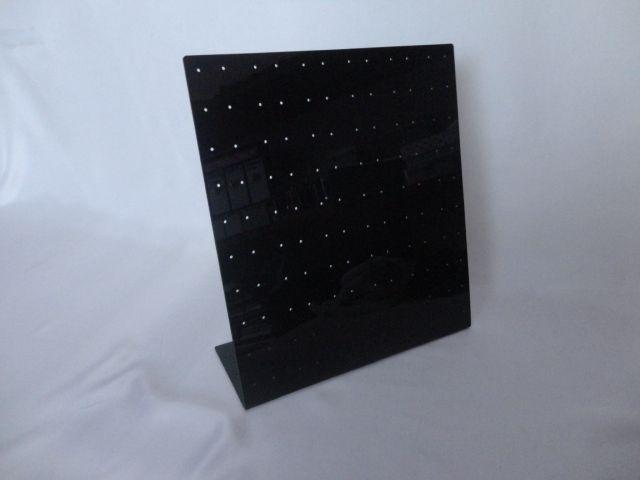 Placa de Acrílico para Brincos Preto 23x26x8 (120 furos )