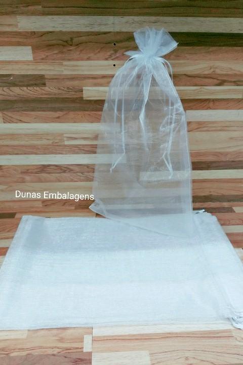 Saco de Organza 20x35 Branco pacote com 100 unidades (para chinelo)