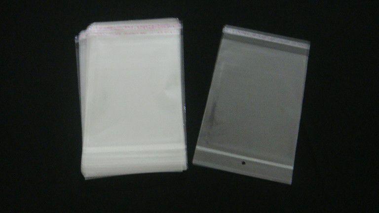 Saquinho plástico adesivado 15x20 com furo pacote com 100 unidades