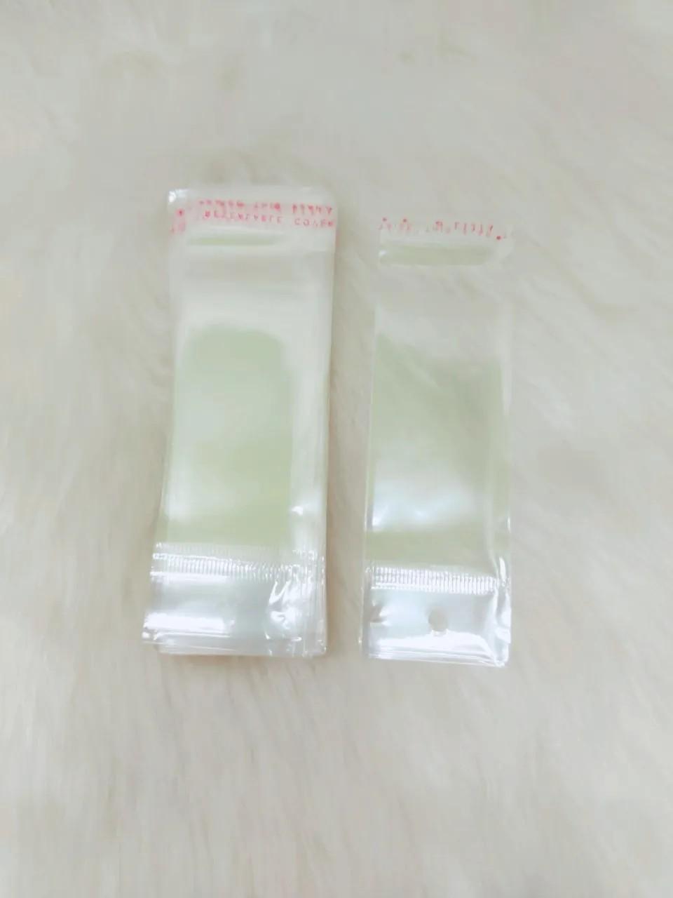 Saquinho plástico adesivado 4x7 com furo pacote com 100 unidades