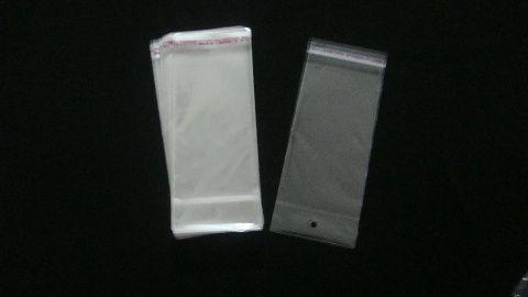Saquinho plástico adesivado 8x15 com furo pacote com 100 unidades
