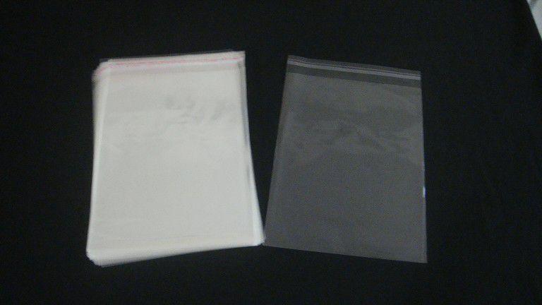 Saquinhos plástico adesivado 20x25 pacote com 100 unidades