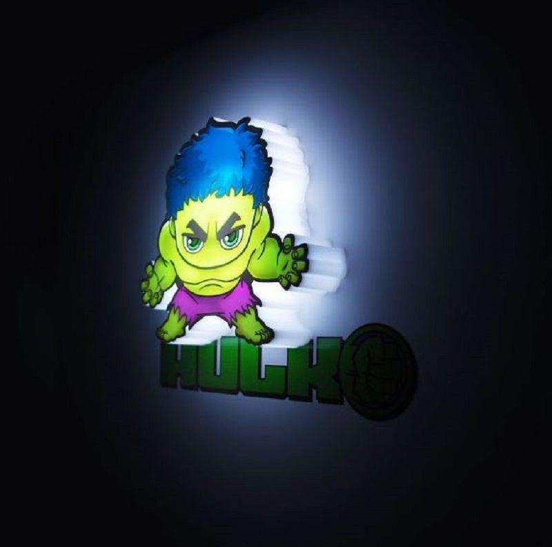 Mini Luminária 3D Light FX Marvel Hulk