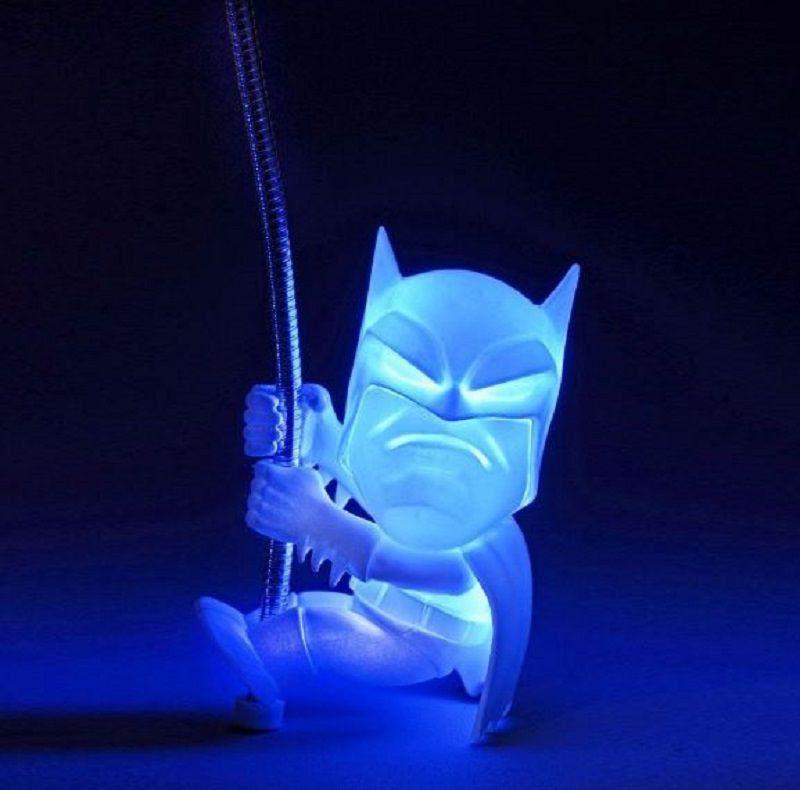 Miniatura Scaler Grande Light Up BATMAN DC Comics