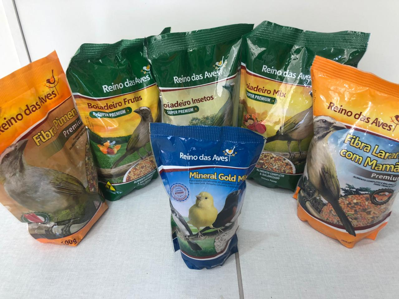 Combo promocional racão para pássaros  contendo 6 itens