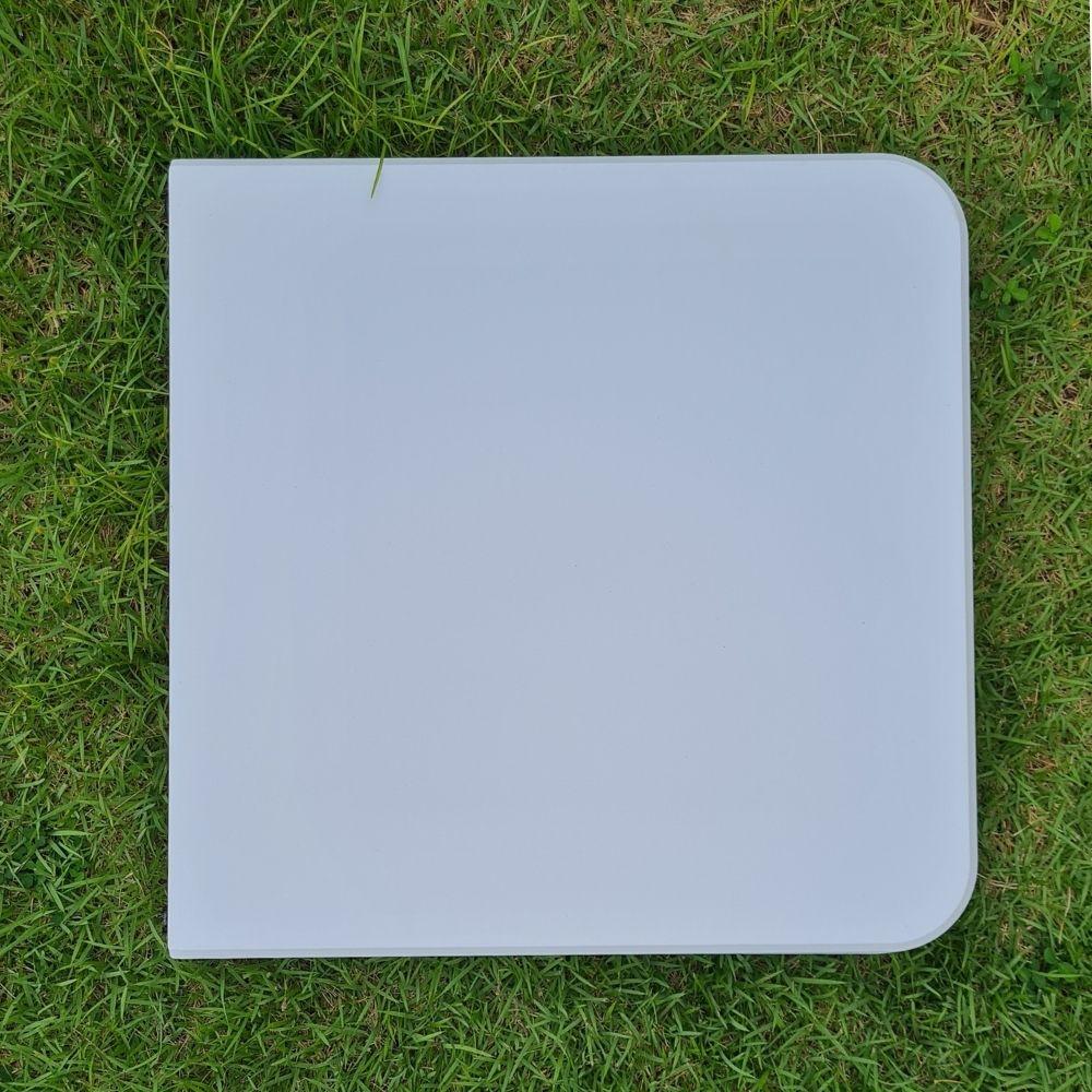 Mesa Vira Maleta Dobrável Branca com Alça 122cm x 61cm