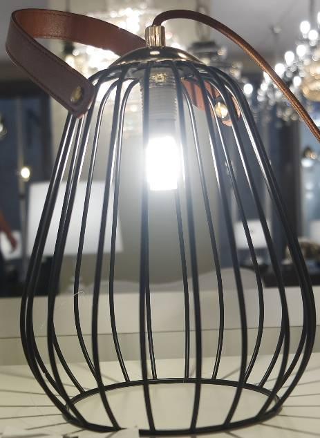 ABAJUR LAMP 18cm x 22cm  1xG9 127V / 220V PRETO, BRANCO E MARROM