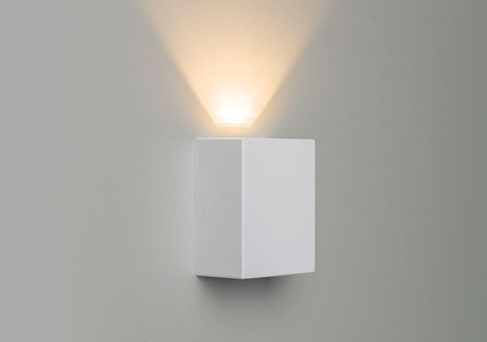 ARANDELA LED EFFEKT 1X4W 240LM BRANCA STH6734/30