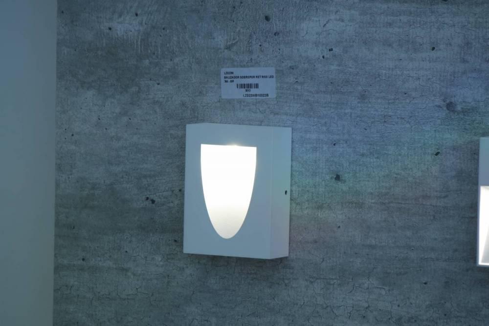 BALIZADOR SOBREPOR RET RISU LED 3W - BR