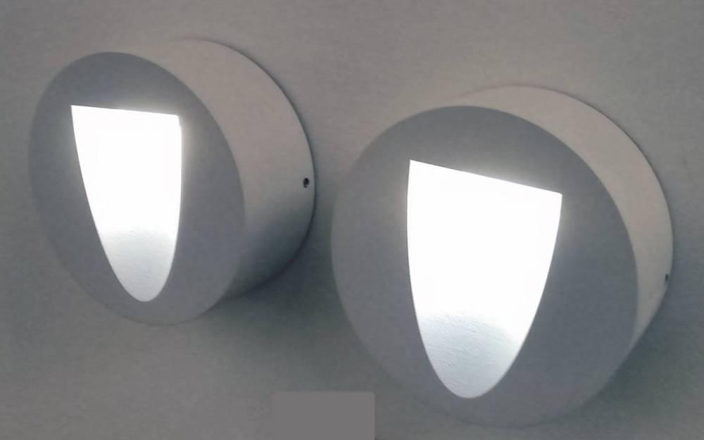 BALIZADOR RISU 11CM X 4,5CM  1 X LED 3W 127V / 220V BRANCO