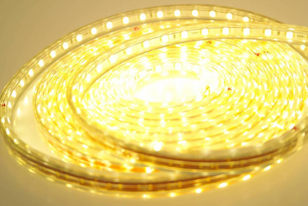 FITA DE LED 24W 4,8W/M 5M 127V 3000K IP67