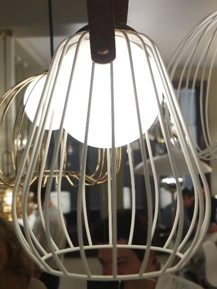 PENDENTE LAMP 18cm x 22cm  1xG9 127V / 220V BRANCO E MARROM