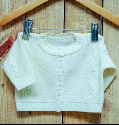 Casaco Para Bebê Em Tricô Off White