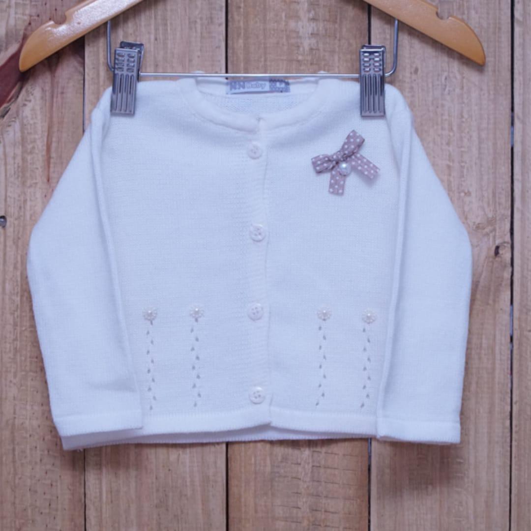 Casaco Para Bebê em Tricot com Detalhes na Frente e Pérolas Off White