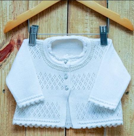 Casaco Em Tricot  Para Bebê Com Pérola Com Detalhes  OFF White