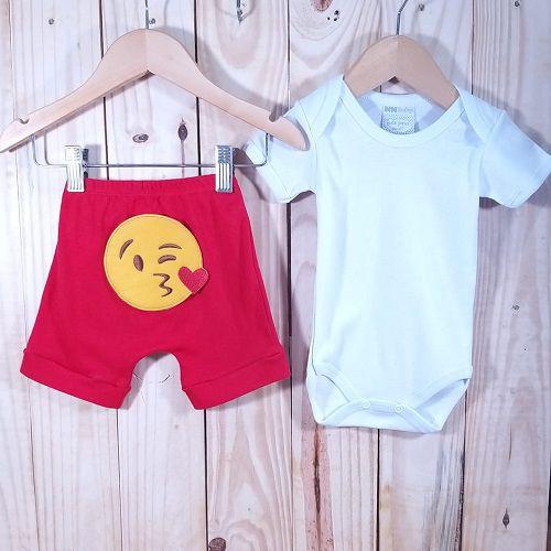 Conjunto Bermuda para Bebê Vermelho  Emoji e Body Liso Branco