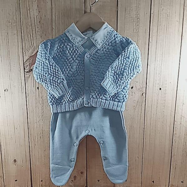 Conjunto para Bebê em Tricot com Gola Bordada Azul Claro