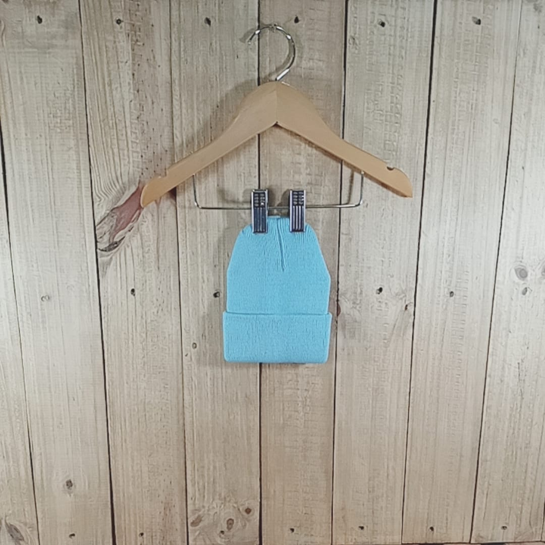 Gorro para Bebê em Tricot  Azul Claro