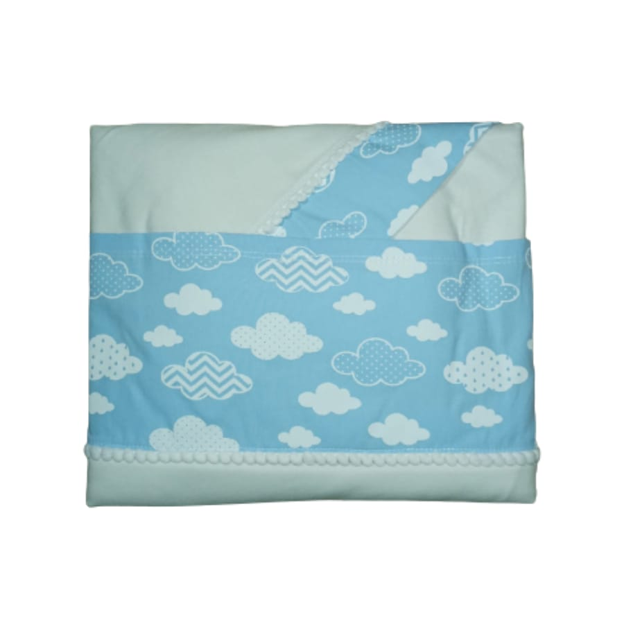 Jogo de Lençol para Bebê com Três Peças em Malha Nuvens Azul Claro