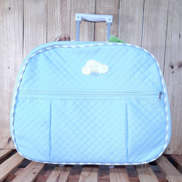 Kit Mala para Bebê com Bordado Nuvem Azul Claro