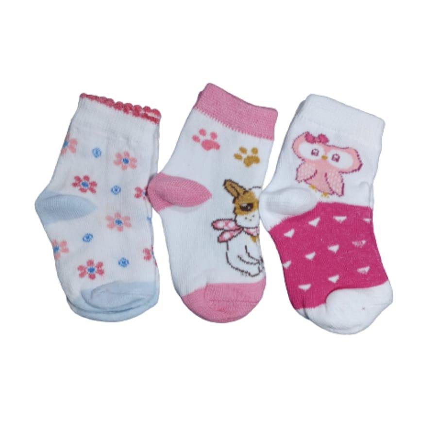 Kit Meia para Bebê com Três Pares de Meias Estampadas Menina
