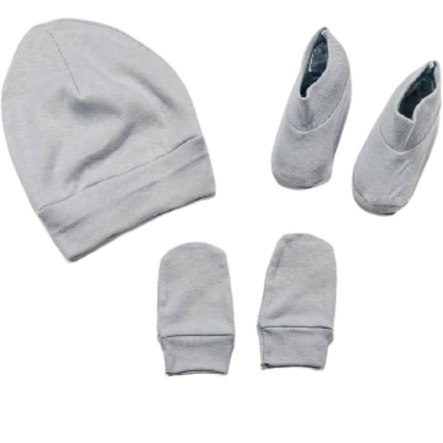 Kit para Bebê em Malha Gorro Sapato é Luva Prata